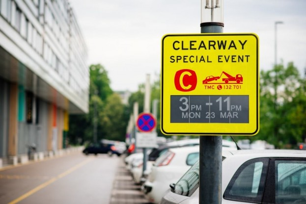 E-Ink Traffic Signs