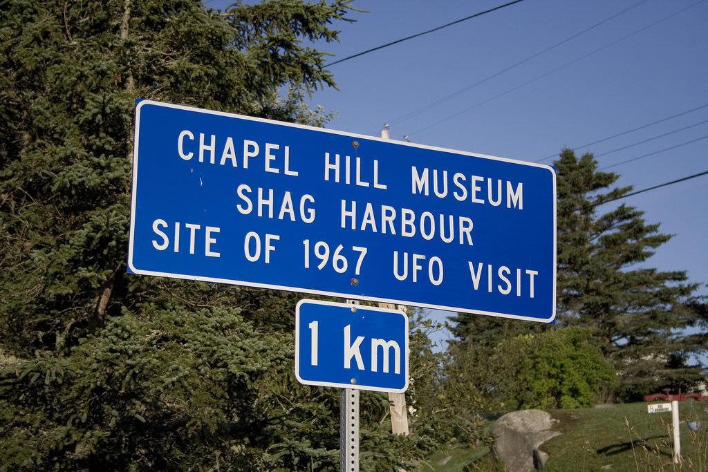 UFO road sign
